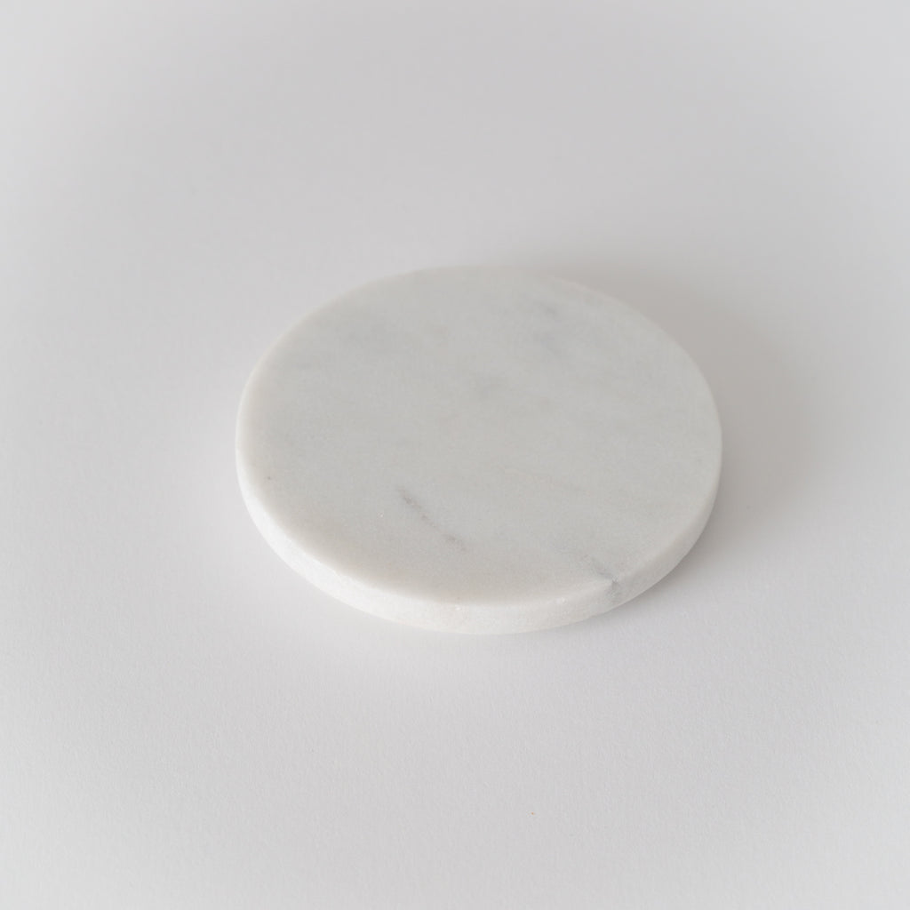 Pure marble lid/ coaster to fit 220g natural wax candle. Top view