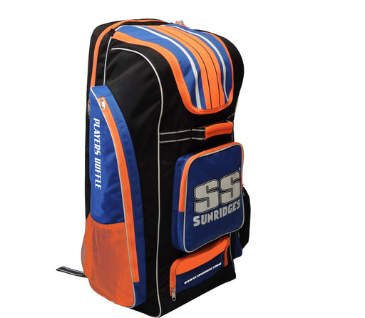 SS PLAYERS DUFFLE WITH 6 BAT SLEEVES CRICKET KIT BAG