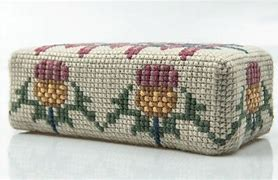Appletons Wool Kit - Scottish Thistle Doorstop