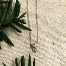Load image into Gallery viewer, Silver Hamsa Necklace