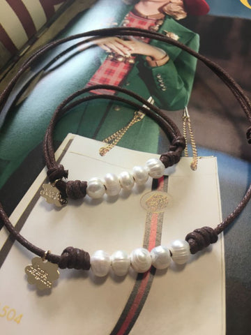 Bracelet and choker set in freshwater pearls