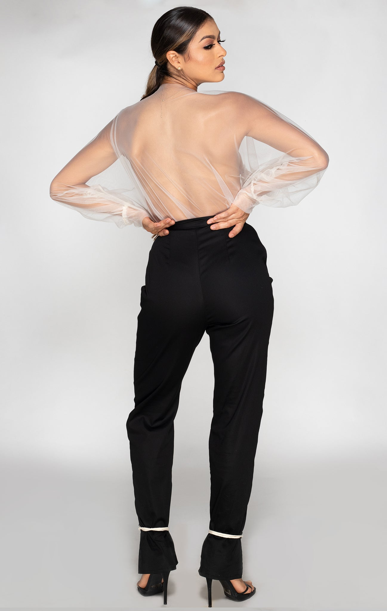 Zora tailored pant with rope design back view