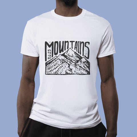 Playera Mountains on Top Personalizable