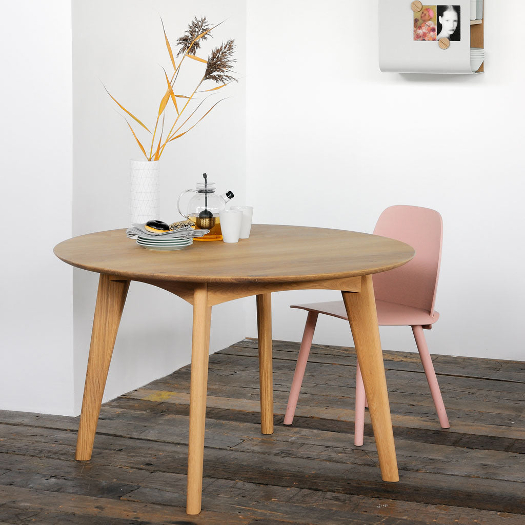Oak Osso Round Dining Table