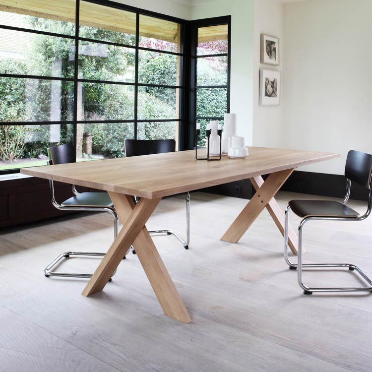 Oak Pettersson Dining Table