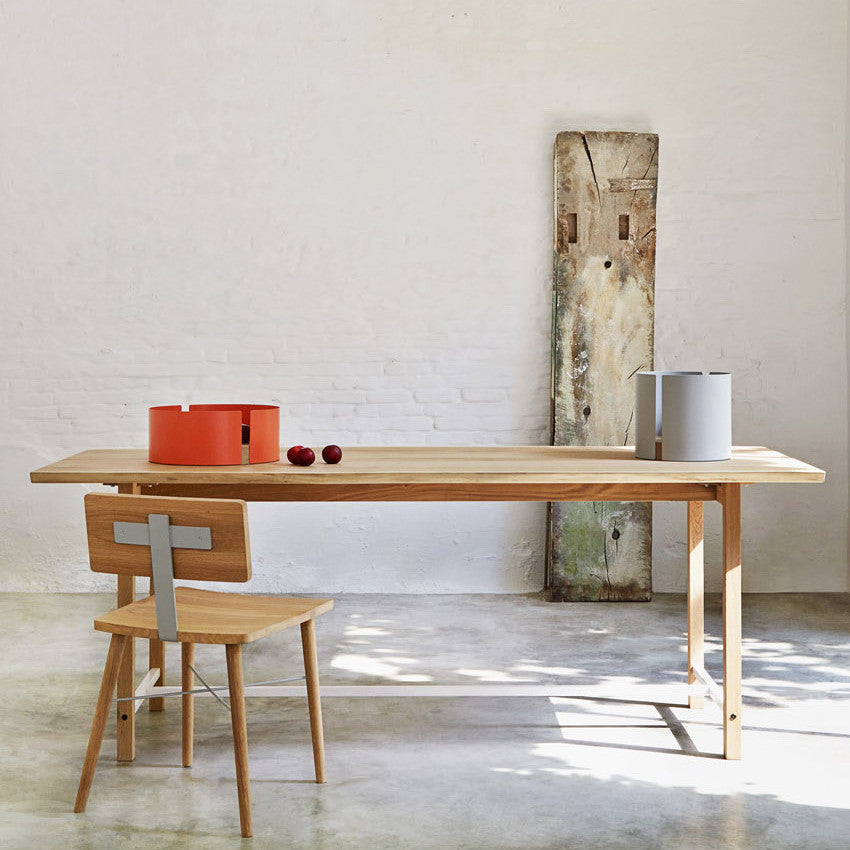Squeeze Dining Table