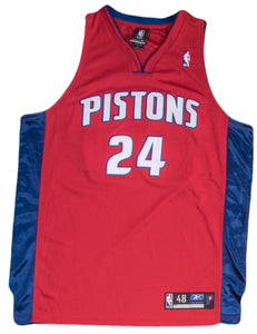 Antonio McDyess Signed Detroit Pistons Red Alternate Jersey