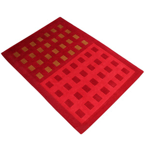 RED MAROON GEOMETRIC EMBOSSED DOUBLE COLOR HAND TUFTED RUG