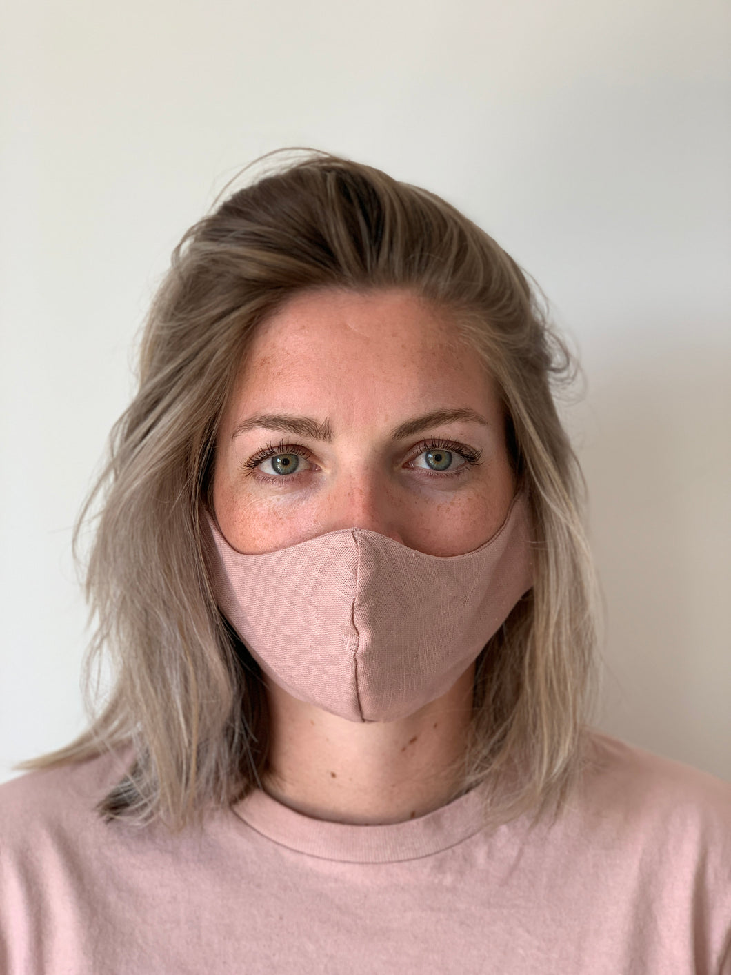 Atelier Lout | face mask linen rose