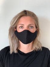 Afbeelding in Gallery-weergave laden, Atelier Lout | face mask linen black
