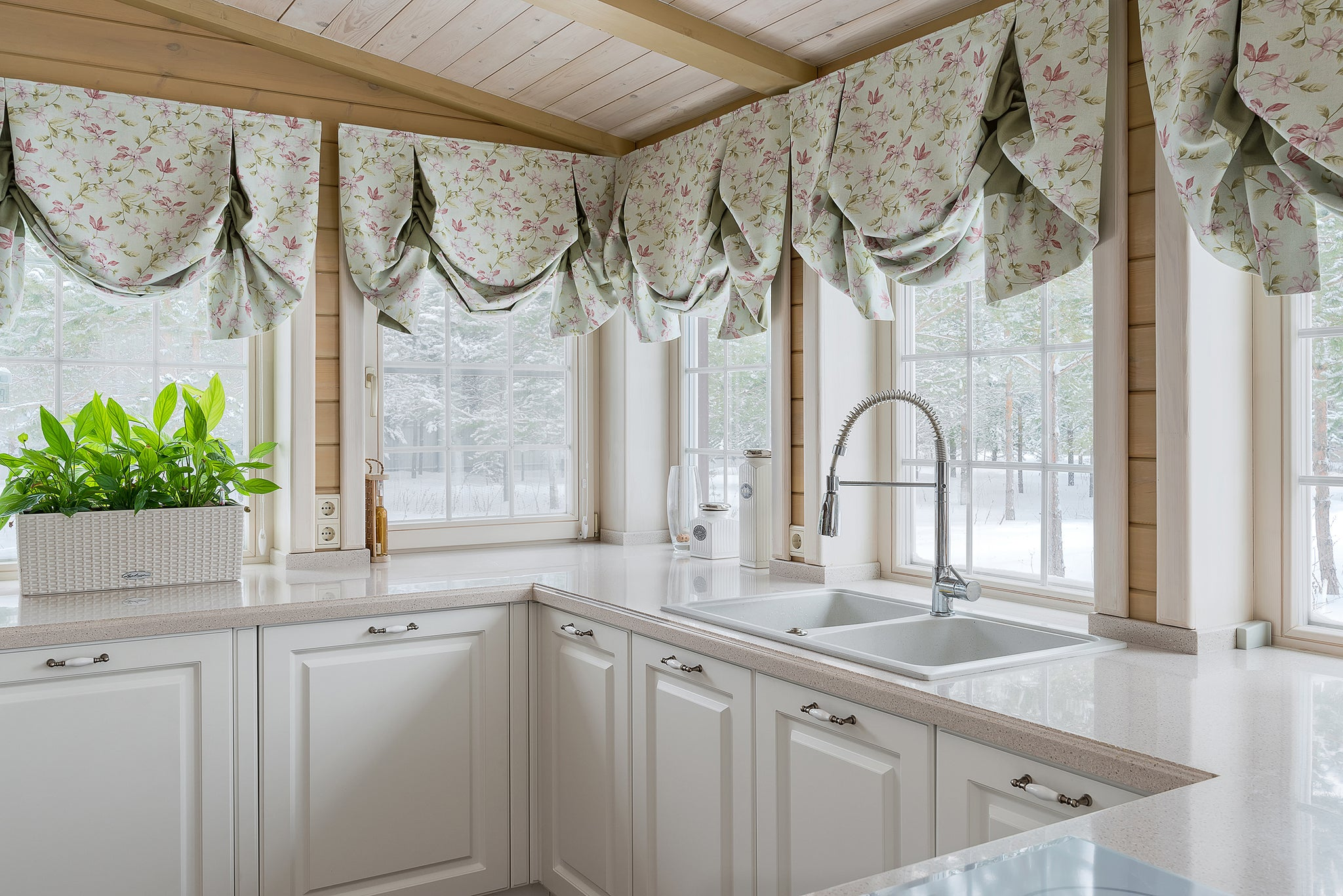 Custom Valences from How to Choose Window Treatments Post