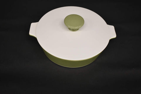Corning ware Casserole Avocado Green with lid