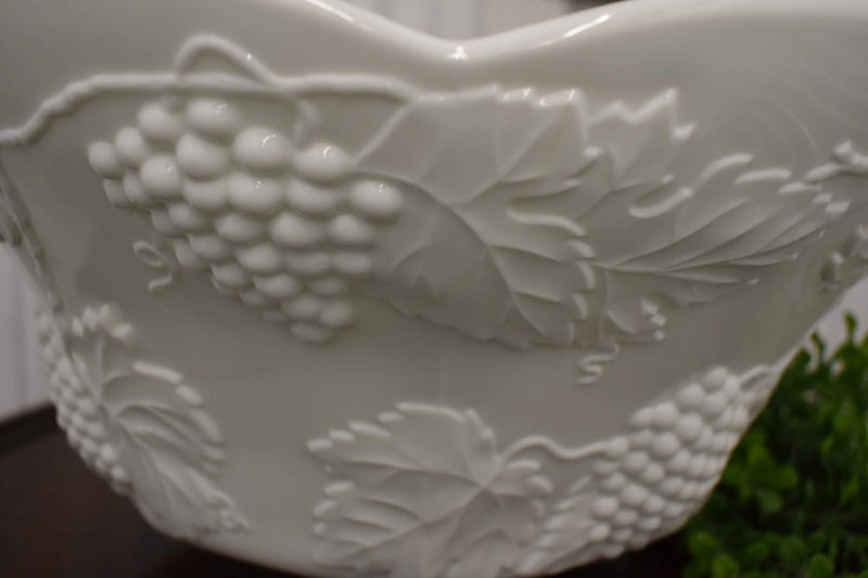 GRAPE HARVEST MID CENTURY -HUGE BOWL WHITE MILK GLASS BRAND NEW