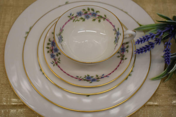 LENOX BELVIDERE PORCELAIN CHINA - 5 PIECE SET - BRAND NEW - RARE AND CLASSY
