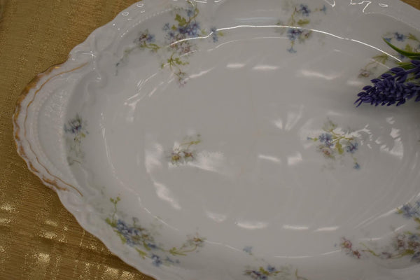 LIMOGES THEODORE HAVILAND FINE BONE CHINA - BIG OVAL PLATTER - BLUE WHITE GREEN FLORAL PATTERN - FROM FRANCE - GOLD TRIM