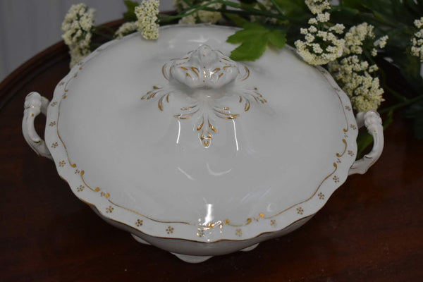 JOHNSON BROS- FINE BONE CHINA - VEGETABLE BOWL WITH LID - IVORY GOLD PATTERN - FROM FRANCE