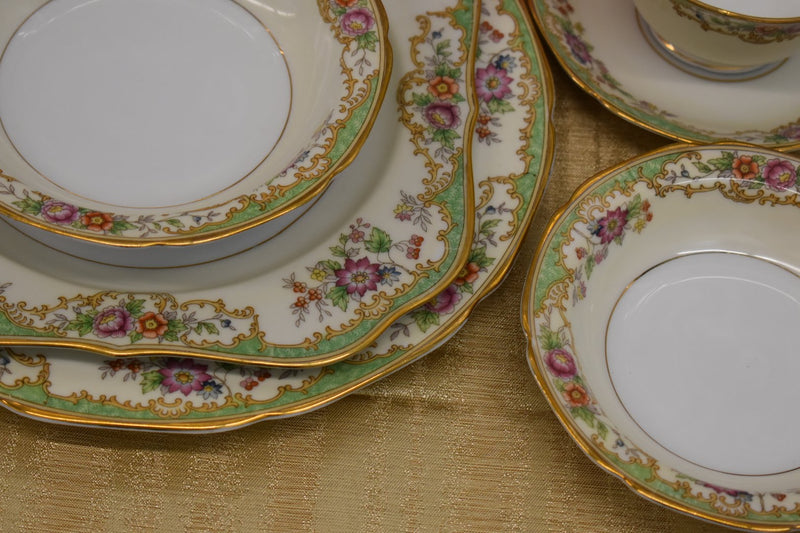 NORITAKE VENUS PORCELAIN MID CENTURY FINE CHINA - GREEN PINK YELLOW GOLD FLORAL  - VERY RARE PATTERN - GOLD RIM - 5 PIECE DINNER SET - BRAND NEW