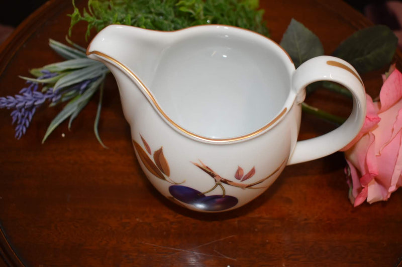 Royal Worchester Evesham - Fine Porcelain China - Gravy Bowl, Big Creamer - Gold Trim - From England