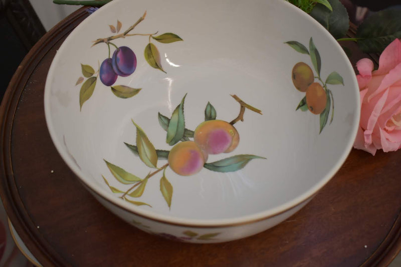 Royal Worchester Eve sham - Porcelain Fine China - Casserole without Lid - Gold Trim - From England