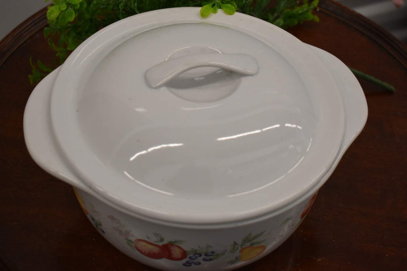 Bright White Yellow Brown Color - Casserole  With Lid - Peaches and Berries Pattern