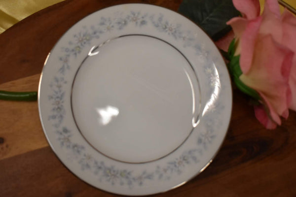 Noritake Contemporary Marywood - Fine Porcelain China - Desert Plate - Platter