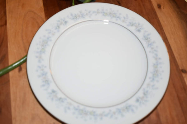 Noritake Contemporary Marywood - Fine Porcelain China - Bread Plate Platter