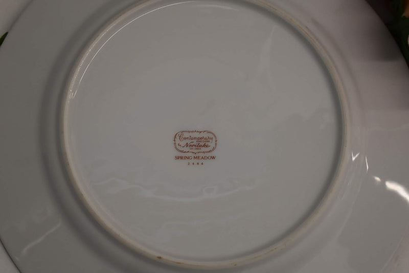 Noritake Contemporary Spring Meadow - Fine Porcelain China - Dinner Plate - Small Platter