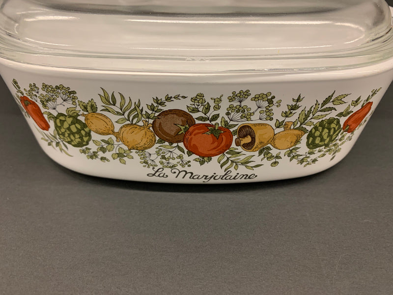 WHITE YELLOW BROWN COLOR - MID CENTURY SPICE OF LIFE CASSEROLE - HARVEST PATTERN - SQUARE SHAPE WITH LID