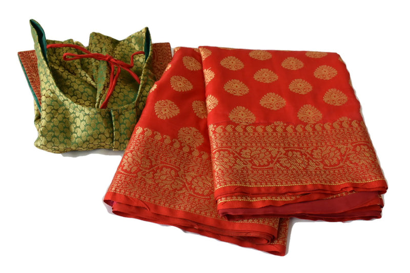 Crimson Red Color - Pure Banarasi Silk Saree - Light Weight - Contrast Pallu - Gold Zari And Silk Thread Floral Design
