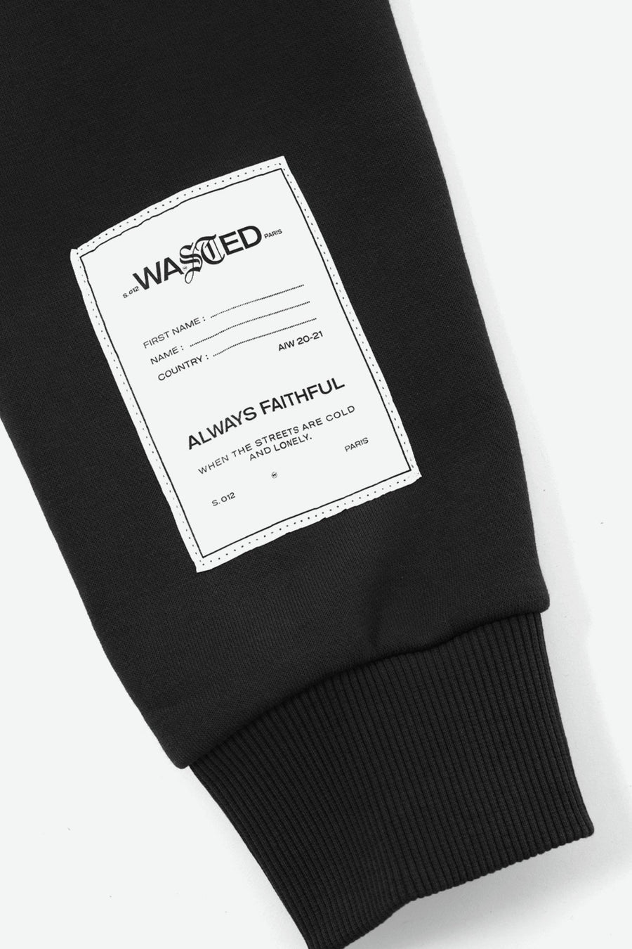 Crop Hoodie Essentiel Noir - WASTED PARIS