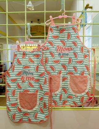 Mom and Me  -Aprons