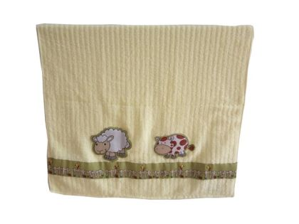 Farm and friends - Bath Towel