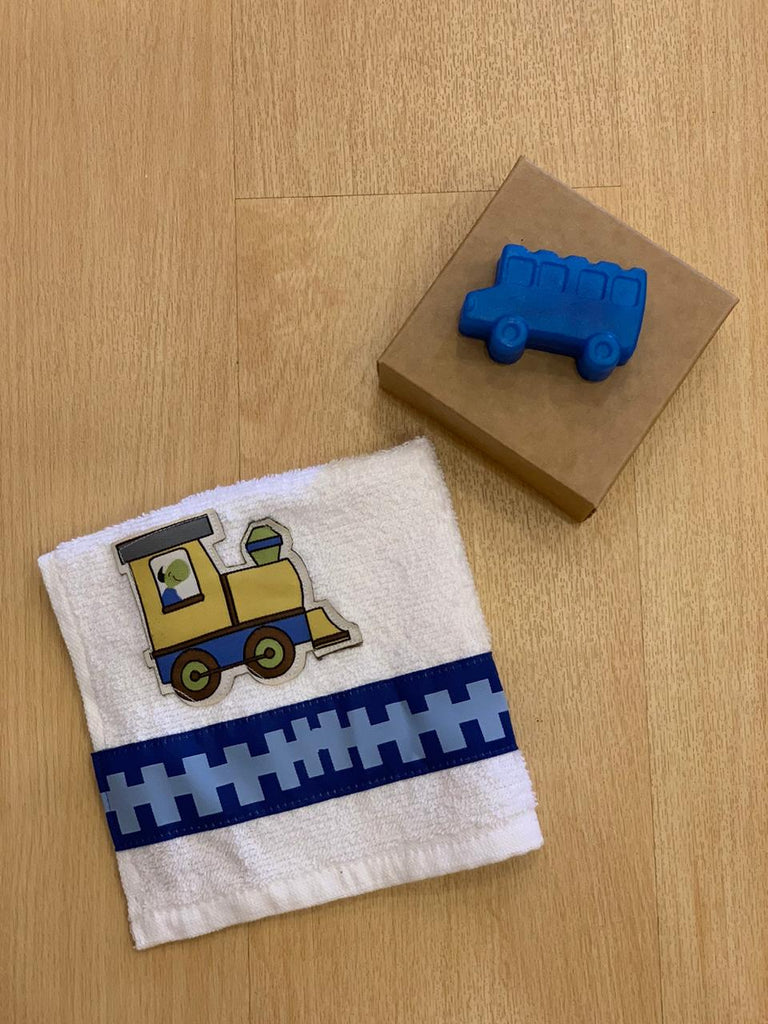 The little engine - Towel and soap- hygiene kit
