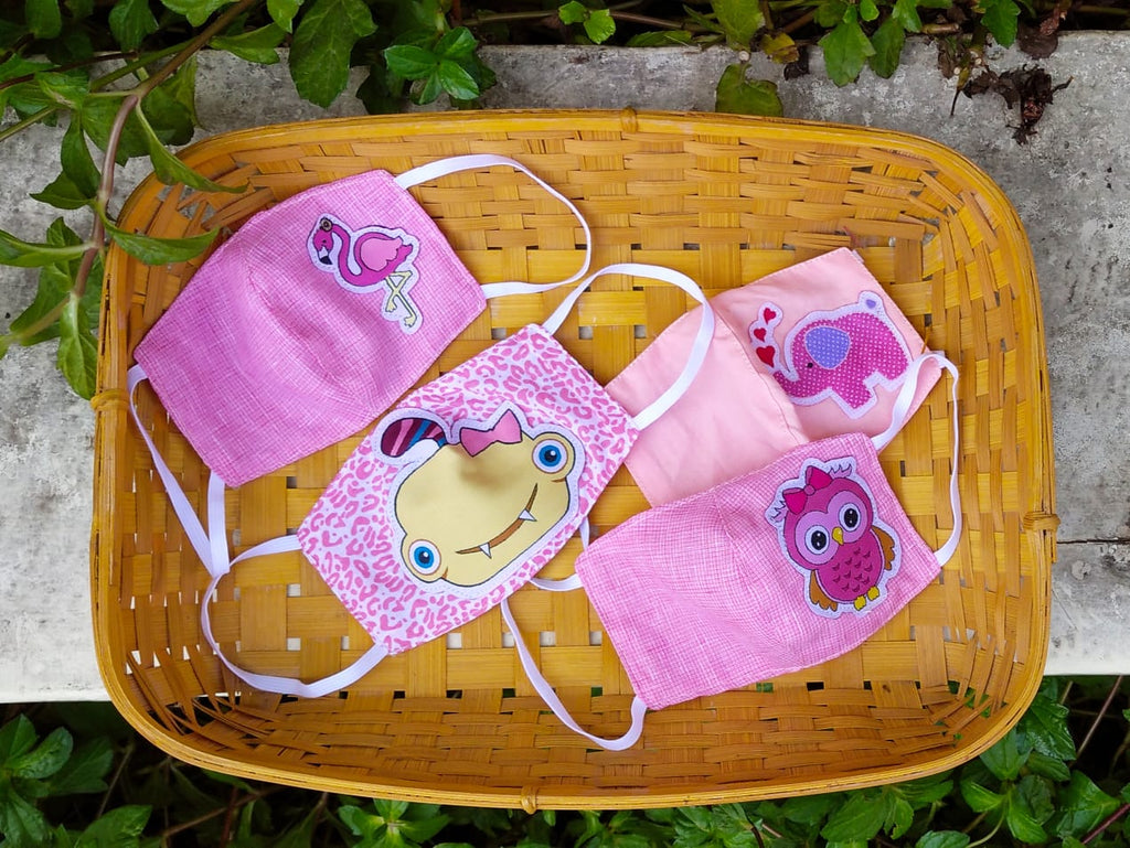 Pretty pink ! Little girls  Face protectors