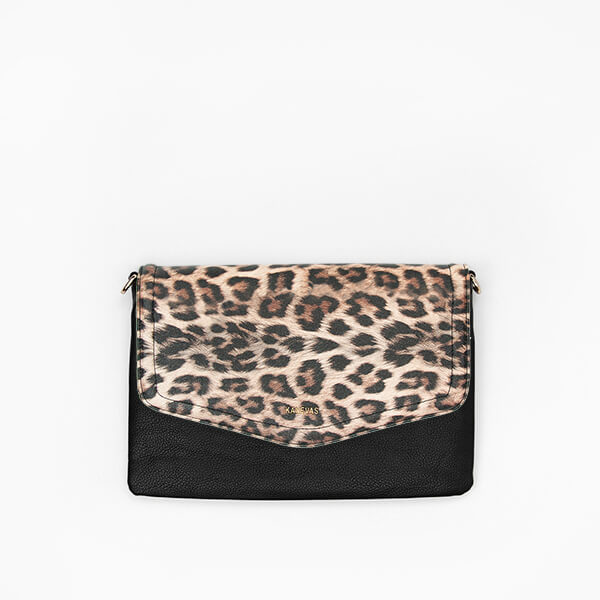 Leopard flap from Kanevas' flap bag collection; removable and interchangeable; leopard vegan leather; pocket in black vegan leather