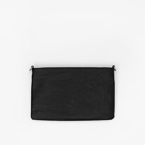 flap bag | black pocket in vegan leather