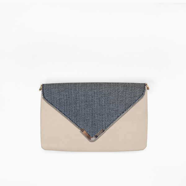 Grey herringbone flap from Kanevas' flap bag collection; removable and interchangeable; grey herringbones cotton; pocket in beige genuine leather
