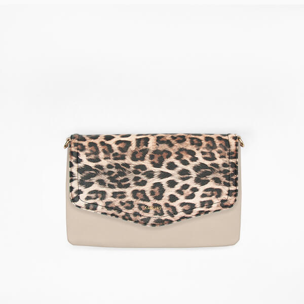 Leopard flap from Kanevas' flap bag collection; removable and interchangeable; leopard vegan leather; pocket in beige genuine leather
