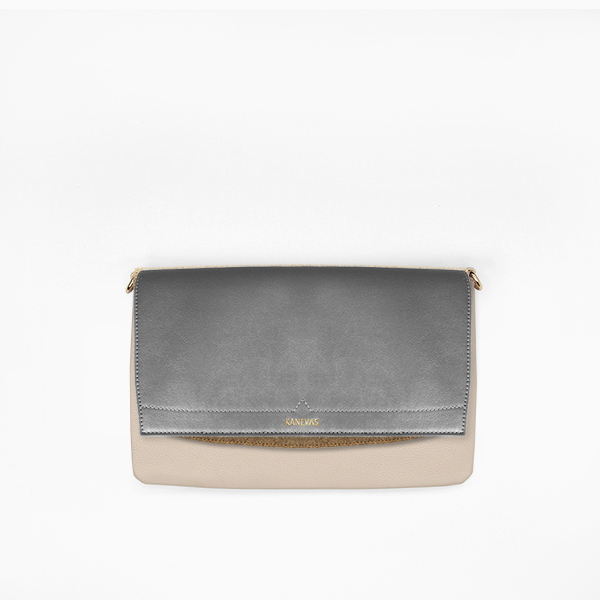 Metallic flap from Kanevas' flap bag collection; removable and interchangeable; silver vegan leather; pocket in beige genuine leather