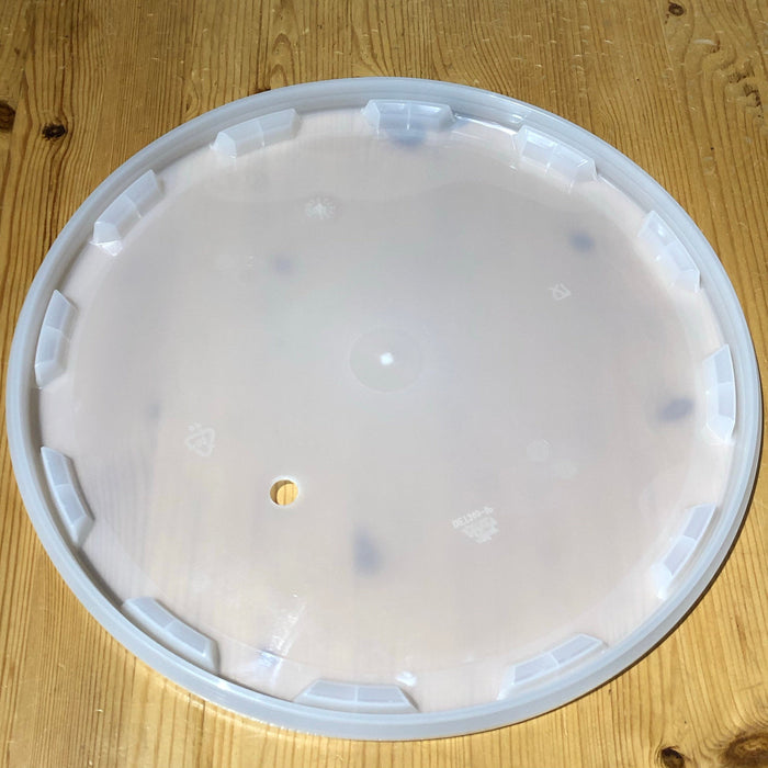 Lid for Ritchies 25 Litre Fermentation Bucket - Drilled for Airlock