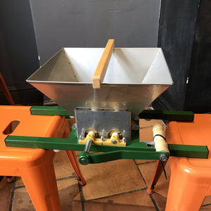 Apple Crusher / Scratter / Pulper - Vigo