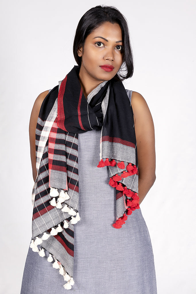 Handwoven organic cotton scarf - TANUSIYA