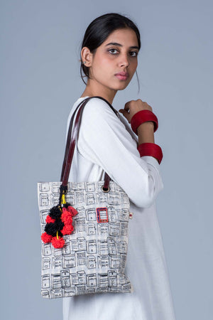 Organic Doodle Tote Bag with hand-emboidery - COMMUNITA