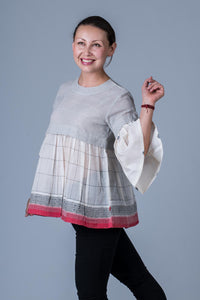 Shalini-Composed top of organic cotton and handwoven Khadi