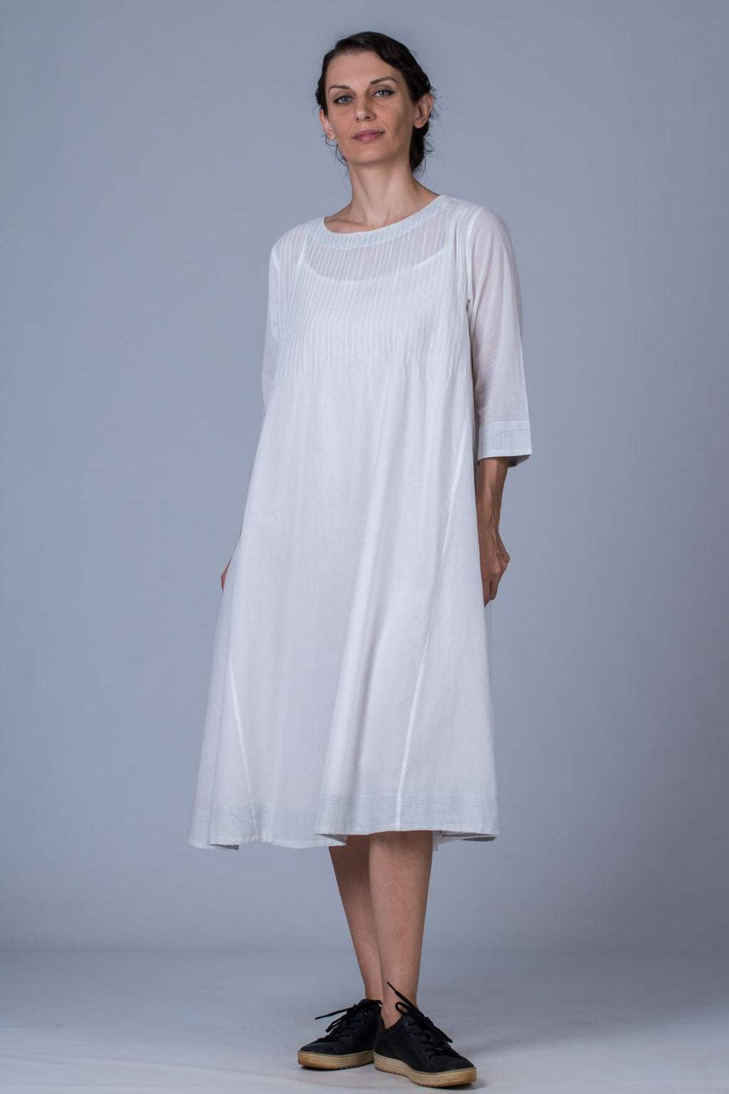 White mal cotton pintuck Dress - UDUPU