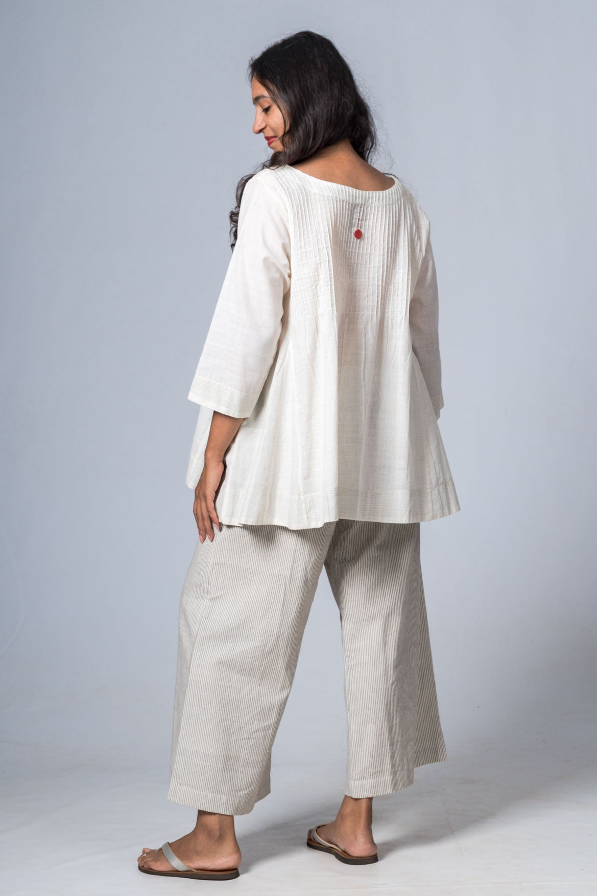 UMILEE OFFWHITE MANGALGIRI COTTON TOP