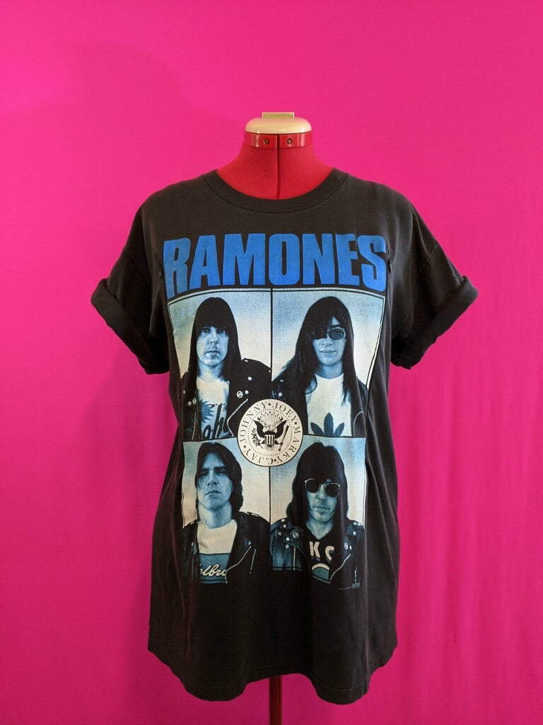 Ramones Breastfeeding Shirt (L)
