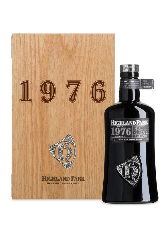 Distillery: Highland Park Name: Orcadian Series 1976 Volume: 70CL ABV: 49.1% Notes: For Sale In Singapore Only Origin: Kirkwall, Island, Scotland