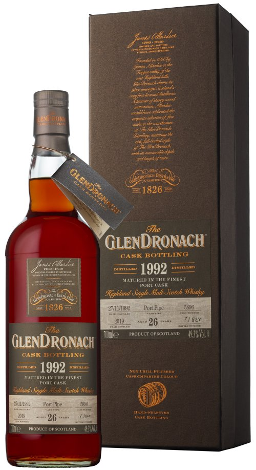 Distillery: Glendronach Name: 26 Years 1992 Single Cask No. 5896 Volume: 70CL ABV: 49.3% Notes: Single Malt Origin: Aberdeenshire, Highland, Scotland