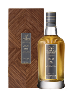Distillery: Gordon & Macphail Name: Private Collection - 43 Years Caol Ila 1976 Volume: 70CL ABV: 42.4% Notes: Special Editions : Scotland Origin: Scotland